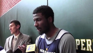 Solomon Hill on Defensive Versatility