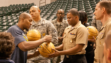 Pacers Host Soldiers at Practice