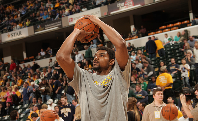 Andrew Bynum Stepping Up