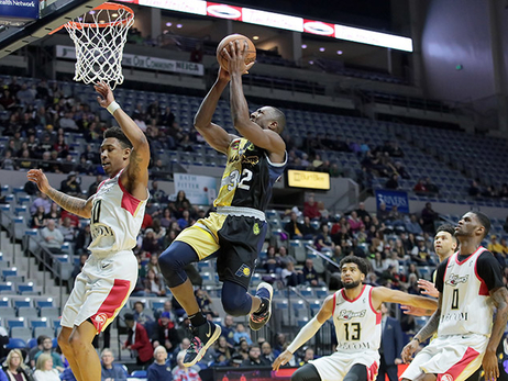The Fort Report: Buzzer Beater Keeps Mad Ants' Win Streak Alive