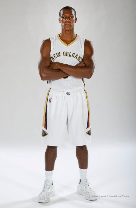 60b87857068 Take a look at Rajon Rondo in the New Orleans Pelicans uniform and behind  the scenes