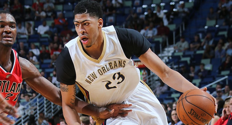 Anthony Davis Says Knee And Shoulder Injuries Led To