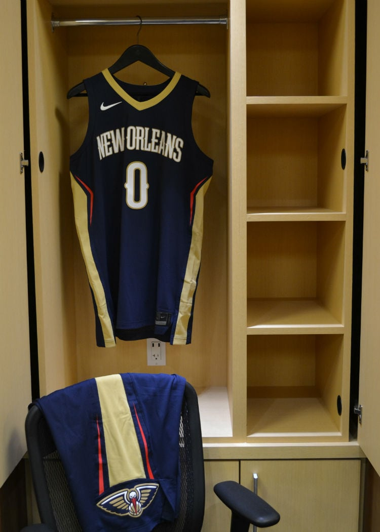 first look new 2017 pelicans uniforms from nike new orleans pelicans. Black Bedroom Furniture Sets. Home Design Ideas