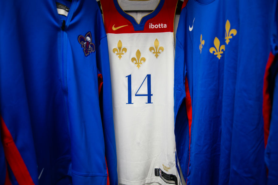 Photos Pelicans Debut City Edition Uniforms In Christmas Day Game New Orleans Pelicans