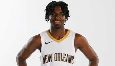 Pelicans sign Kira Lewis Jr.