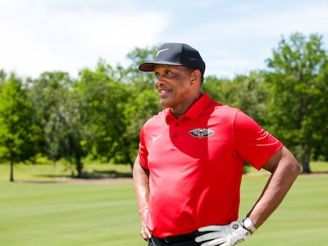Pelicans head coach Alvin Gentry joins Pro-Am at the 2019 Zurich Classic