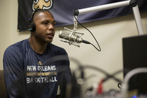 Pelicans guard Eric Gordon visits the Black and Blue Report