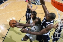 New Orleans' Tyreke Evans maneuvers around Oklahoma City defender Serge Ibaka