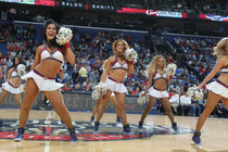 Pelicans Dance Team vs Thunder