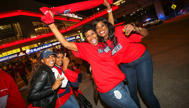 Pelicans Fans Flock to Game 3