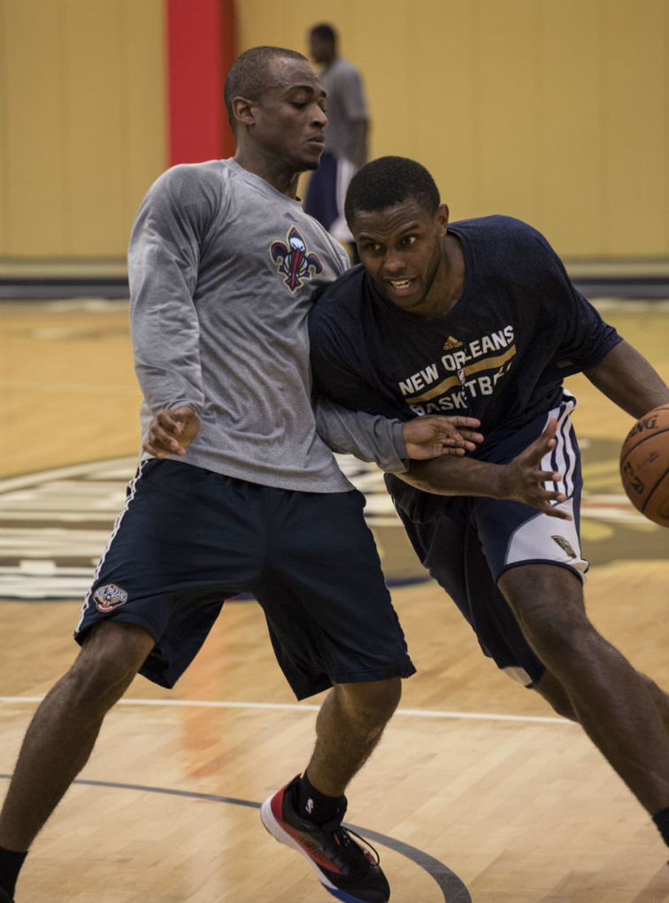 New Orleans Pelicans conduct voluntary workouts