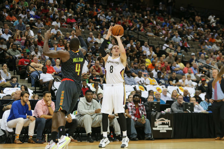 Check out Luke Babbitt in action during 2015-16 season.
