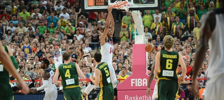Anthony Davis slams in a two-handed dunk vs. Lithuania