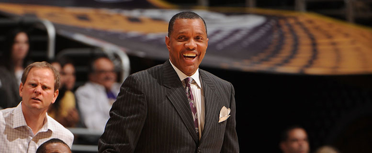 Alvin Gentry smiles during a road game