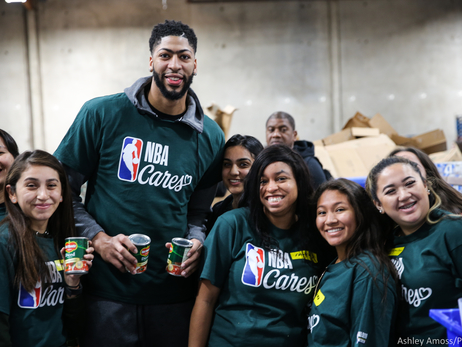 NBA All-Star 2018: Anthony Davis at NBA Cares Day of Service