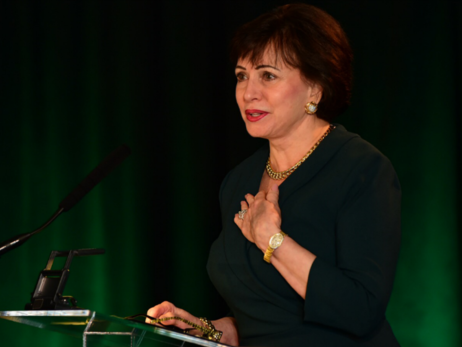 Gayle Benson speaks at Tulane's 5th Annual Women Making Waves Conference
