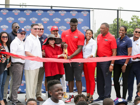 Pelicans, Zion Williamson help dedicate court for kids in New Orleans East
