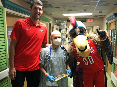 Nikola Mirotic makes special delivery to Ochsner Medical Center