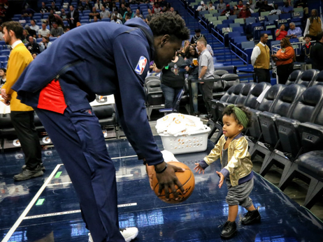 Pelicans celebrate Father's Day with Jrue Holiday and Jrue Tyler