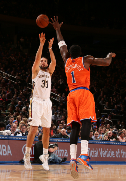 Game 16 - Pelicans defeat the Knicks 103-99 on the road.