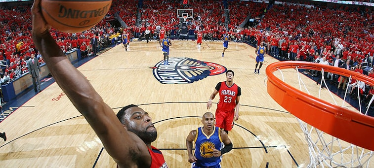 Tyreke Evans throws down a fast-break dunk during Game 3 of the playoffs vs. Golden State