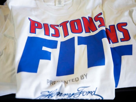 Photos: Pistons Fit Boot Camp