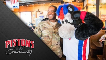 Pistons in the Community: Hoops for Troops Luncheon