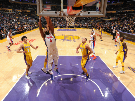 Pistons 93, Lakers 113