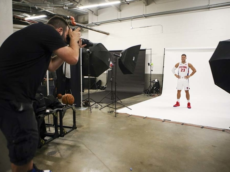 Photos: Behind the Scenes at 2018 Media Day