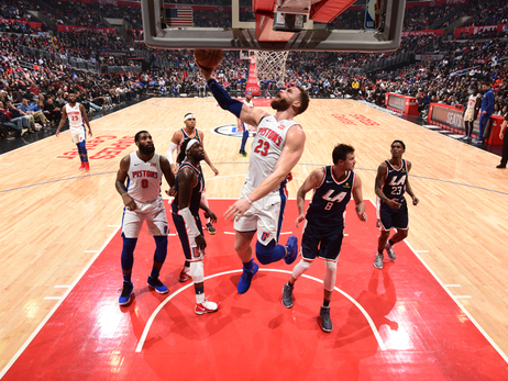 Pistons 109, Clippers 104