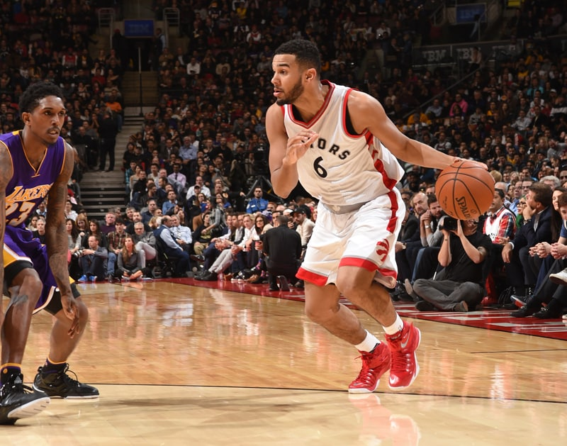 Lakers Vs Raptors Detail: Photo Gallery: Raptors Vs Lakers 12/07/15