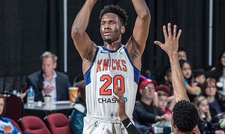 Raptors Sign Nigel Hayes To 10-Day Contract