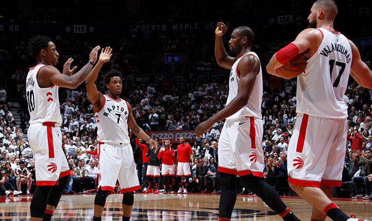 Raptors Down Wizards in Game 2