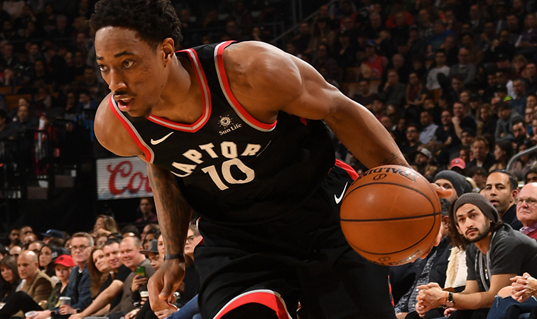 DeMar DeRozan posterizes Pistons with dramatic dunk in final seconds