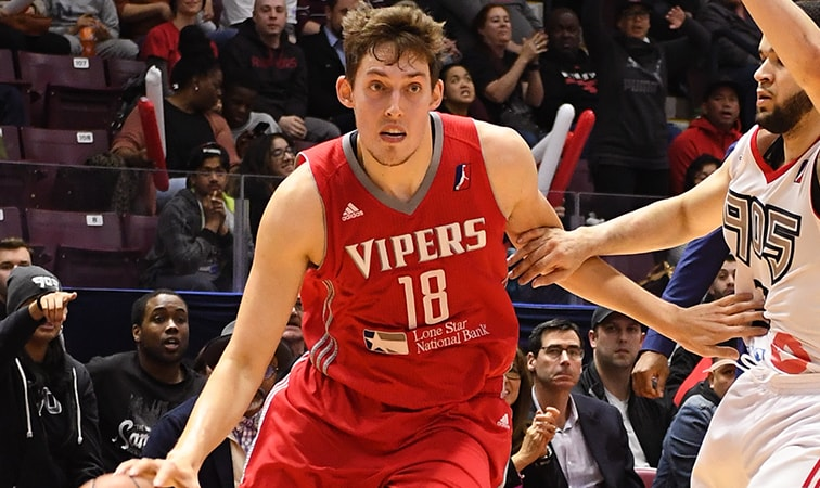 Raptors Sign Kyle Wiltjer