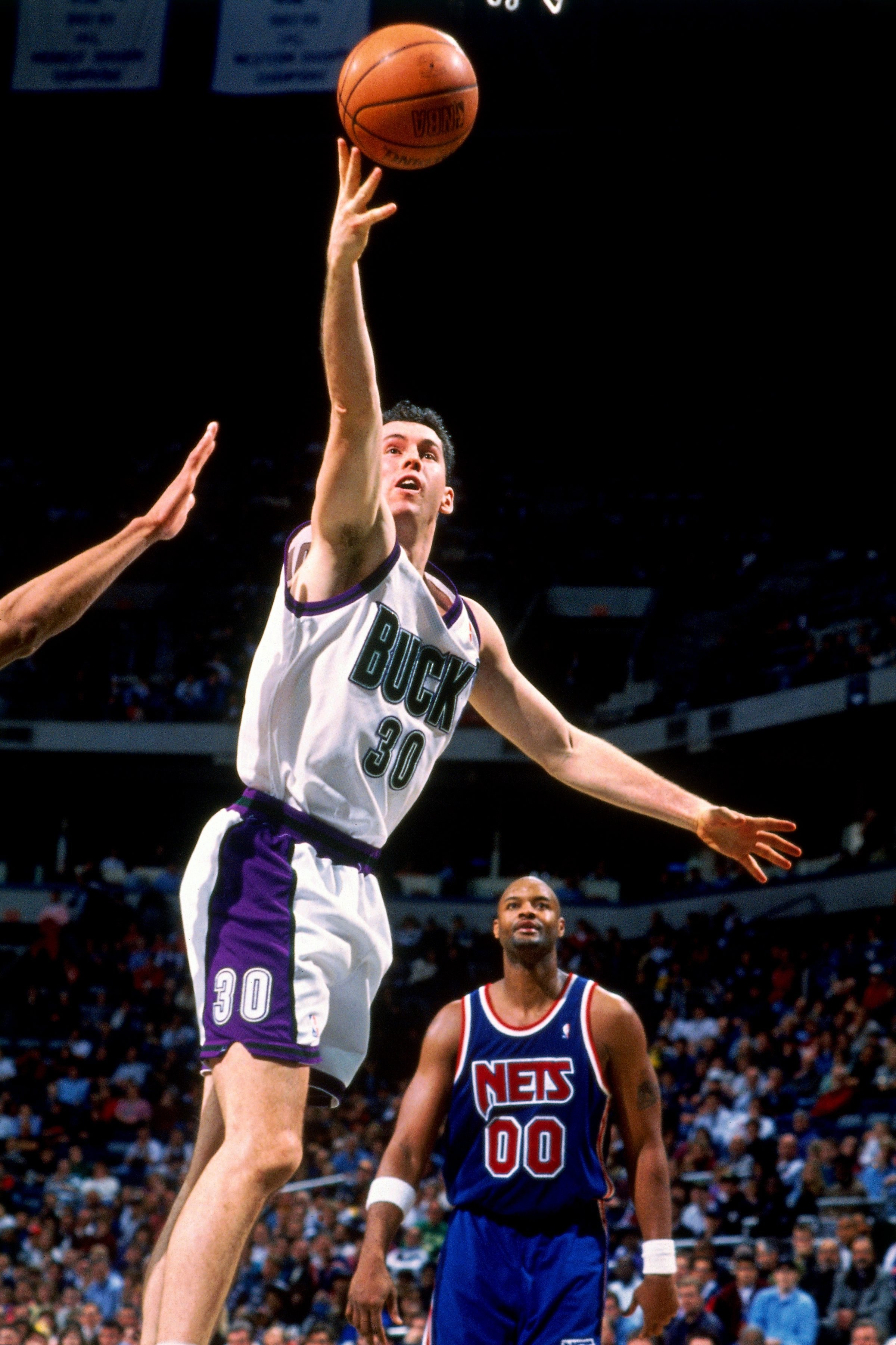 Searching for the Most 90s Bucks Player   Milwaukee Bucks