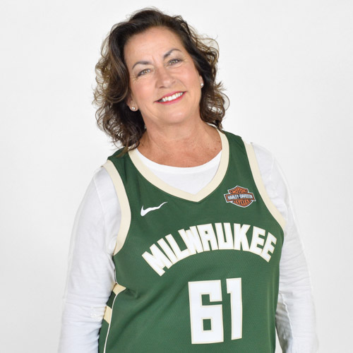 Bucks Grand Dancer: Tammy