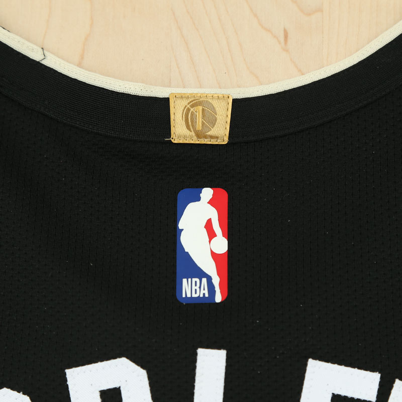Jersey Detail Photo 3