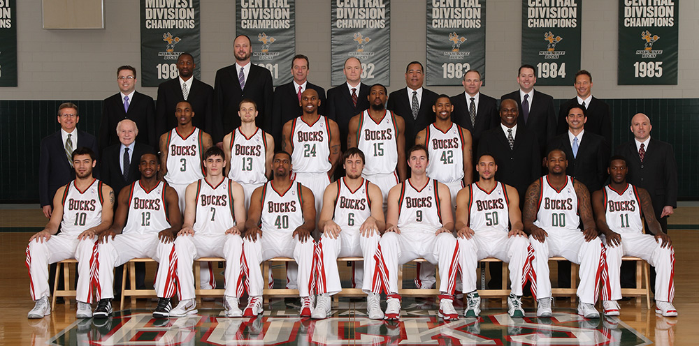 Milwaukee Bucks 2009-10 Team Photo