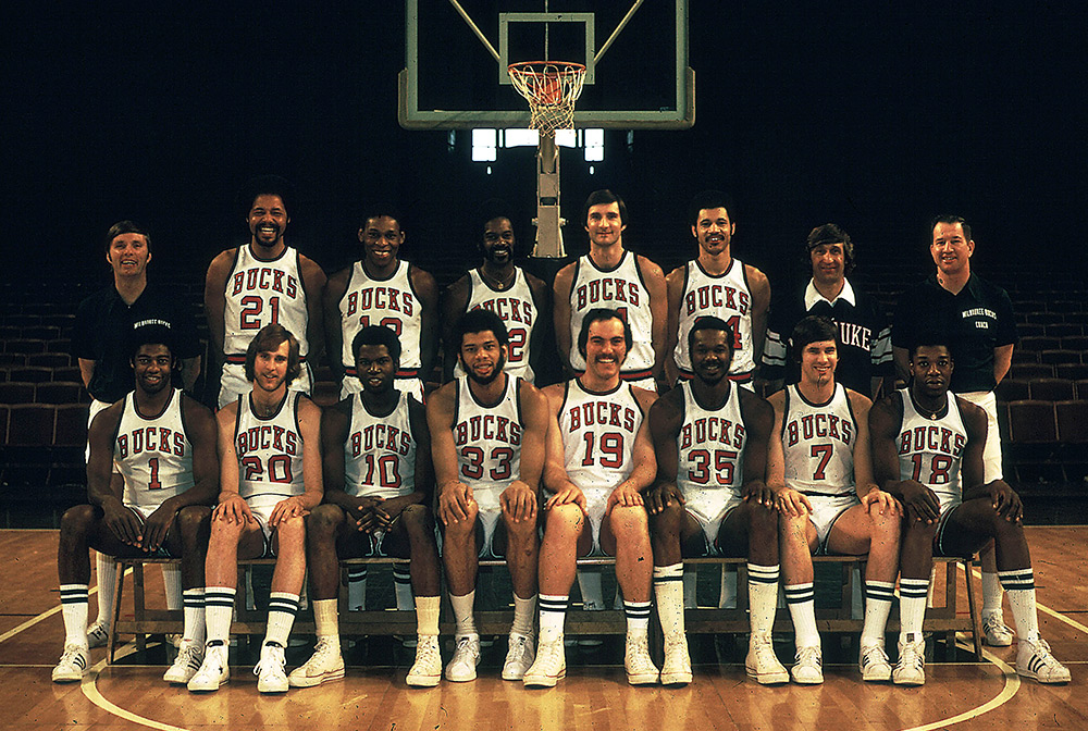 Milwaukee Bucks 1973-74 Team Photo
