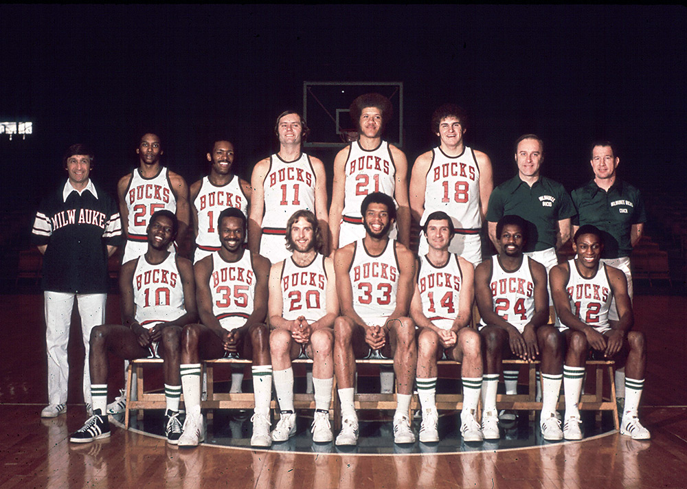 Milwaukee Bucks 1974-75 Team Photo
