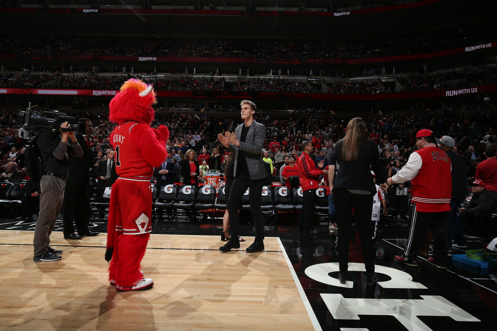 Lauri Markkanen #24 of the Chicago Bulls is introduced during a game against the Detroit Pistons on October 20, 2018 at United Center in Chicago, Illinois.