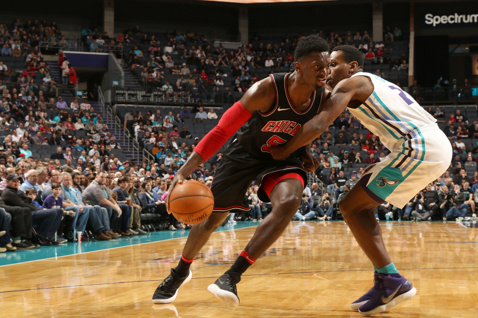 Bobby Portis #5 of the Chicago Bulls handles the ball against the Charlotte Hornets on February 27, 2018 at Spectrum Center in Charlotte, North Carolina.