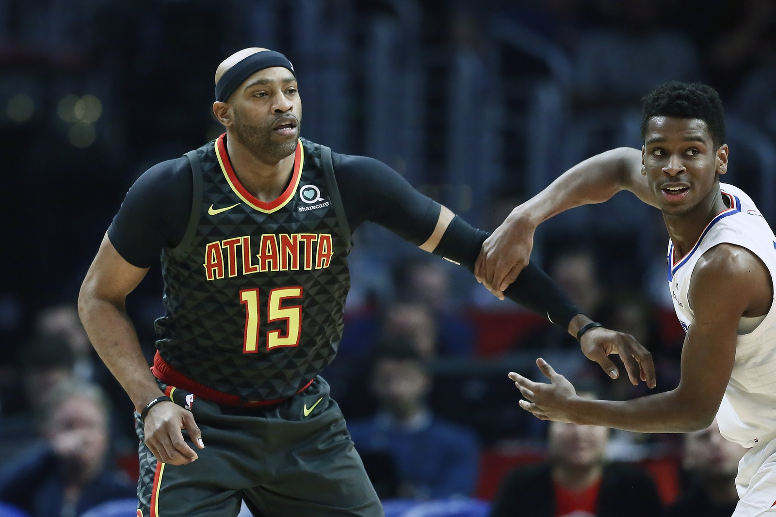 Vince Carter #15 of the Atlanta Hawks fights for position against the LA Clippers on January 28, 2019 at STAPLES Center in Los Angeles, California.