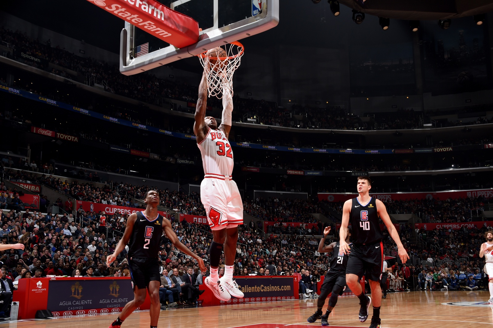 Kris Dunn #32 of the Chicago Bulls dunks the ball during the game against the LA Clippers on March 15, 2019 at STAPLES Center in Los Angeles, California.