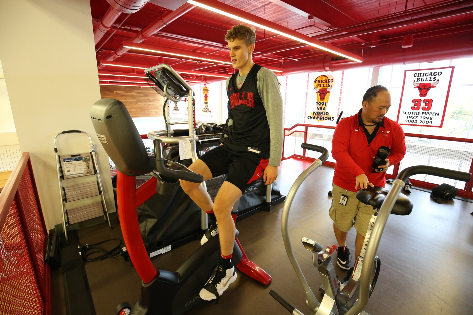 Lauri Markkanen #24 of the Chicago Bulls warms up during a practice on October 2, 2018 at the Advocate Center in Chicago, Illinois.