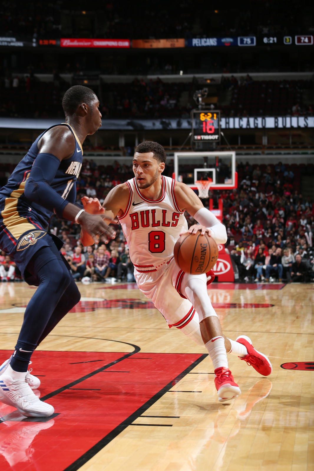 Zach LaVine #8 of the Chicago Bulls handles the ball against the New Orleans Pelicans during a pre-season game on September 30, 2018 at the United Center in Chicago, Illinois.