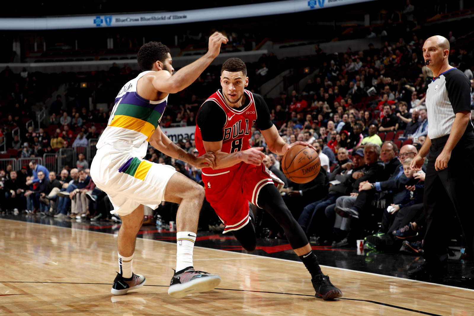 Zach LaVine #8 of the Chicago Bulls handles the ball against the New Orleans Pelicans on February 6, 2019 at United Center in Chicago, Illinois