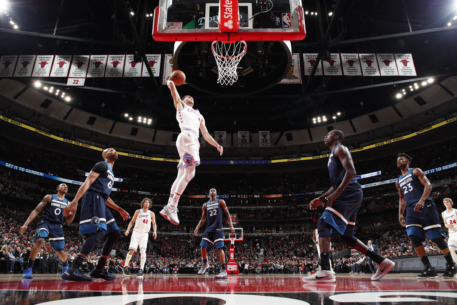 Zach LaVine #8 of the Chicago Bulls goes up for a dunk against the Minnesota Timberwolves on February 9, 2018 at the United Center in Chicago, Illinois.