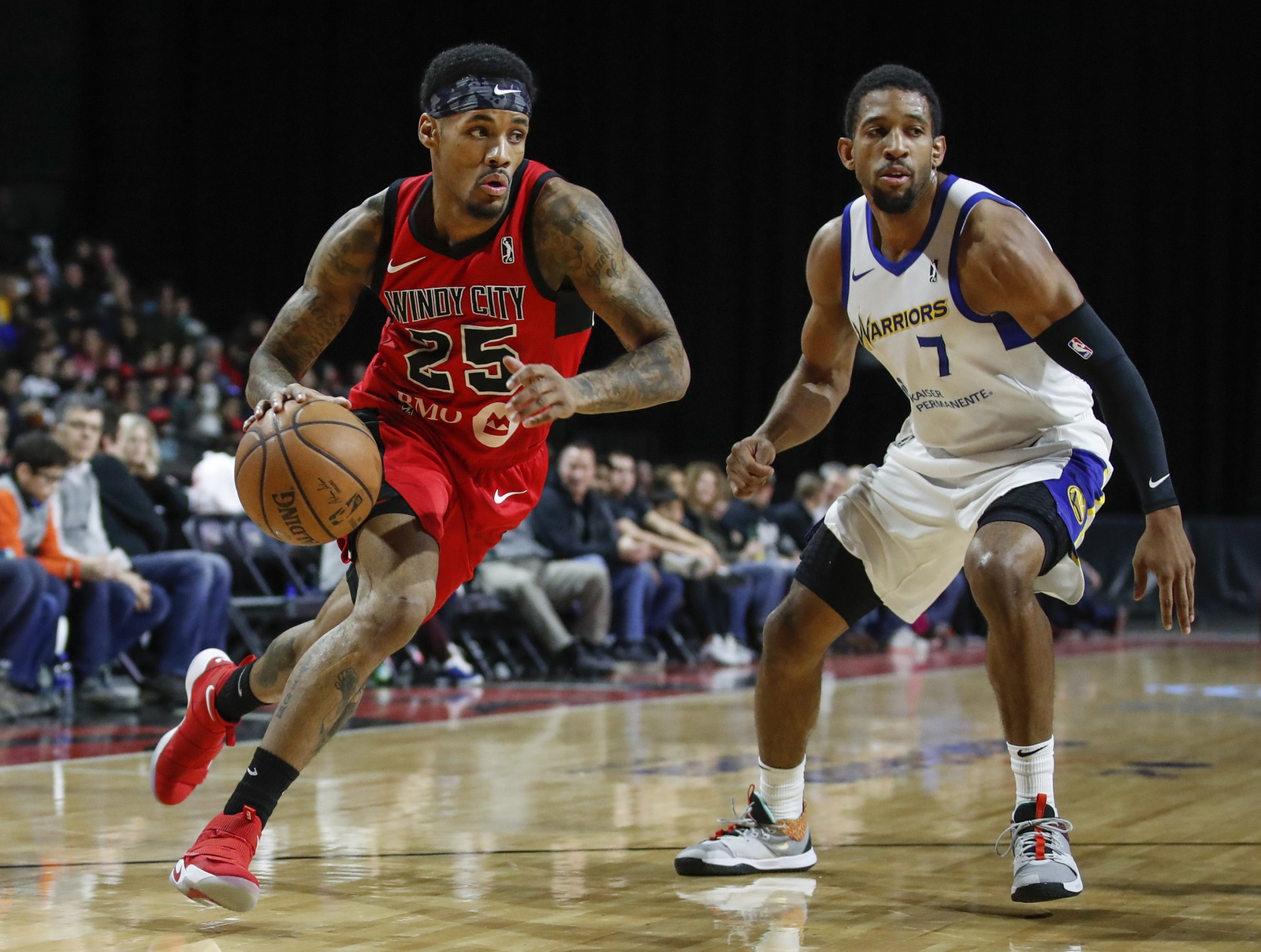 Walter Lemon Jr. #25 of the Windy City Bulls handles the ball against the Santa Cruz Warriors during the NBA G League on March 3, 2019 at Sears Centre Arena in Hoffman Estates, Illinois.
